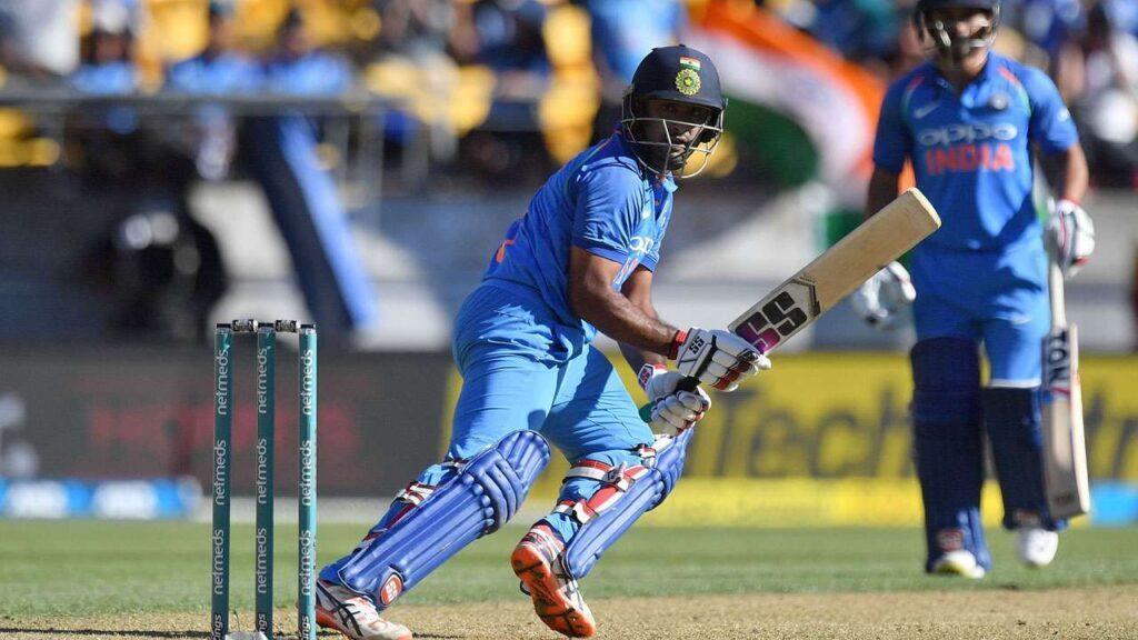 5 भारतीय बल्लेबाज जो विश्वकप में नंबर 4 के लिए हैं बेहतर विकल्प, हर मैच में कर रहे शानदार प्रदर्शन 4