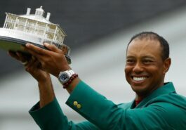 Tiger Woods won 11 years later Major titles