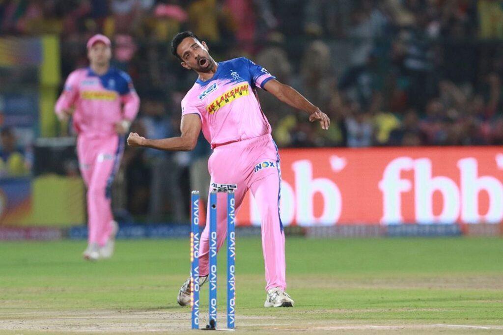 MIvsRR : चेन्नई से मिली हार के बाद इन खिलाड़ियों को बाहर कर इस 11 सदस्यीय टीम के साथ उतर सकती है राजस्थान 10