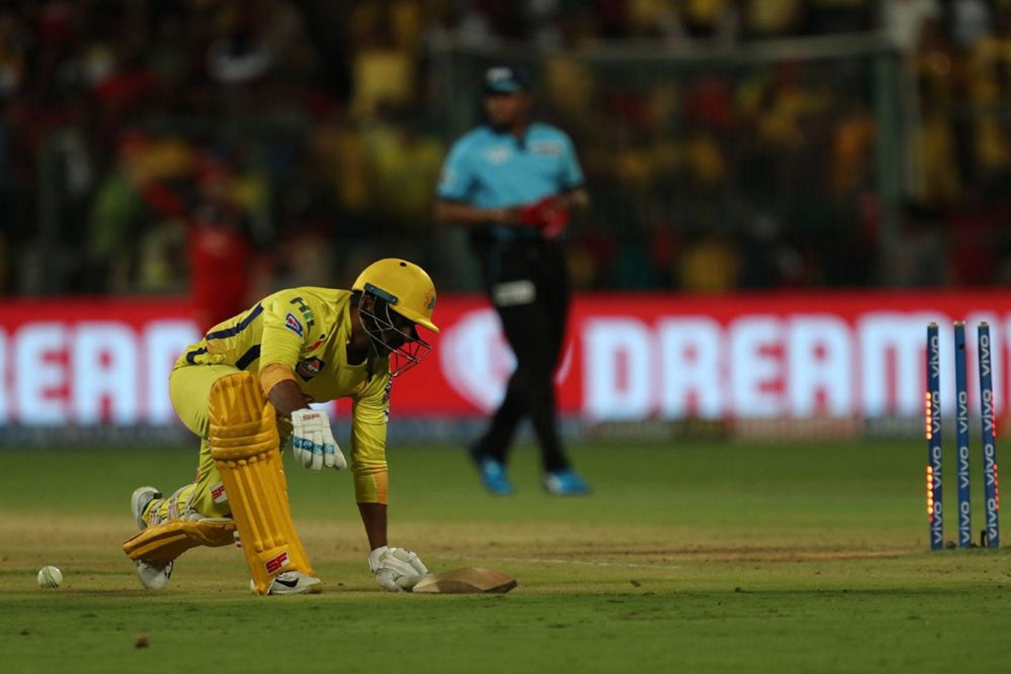 आईपीएल 2019: पार्थिव पटेल की बदौलत रोमांचक मैच में जीता बैंगलोर तो मोहम्मद सिराज ने किया कुछ ऐसा जीत लिया दिल 4