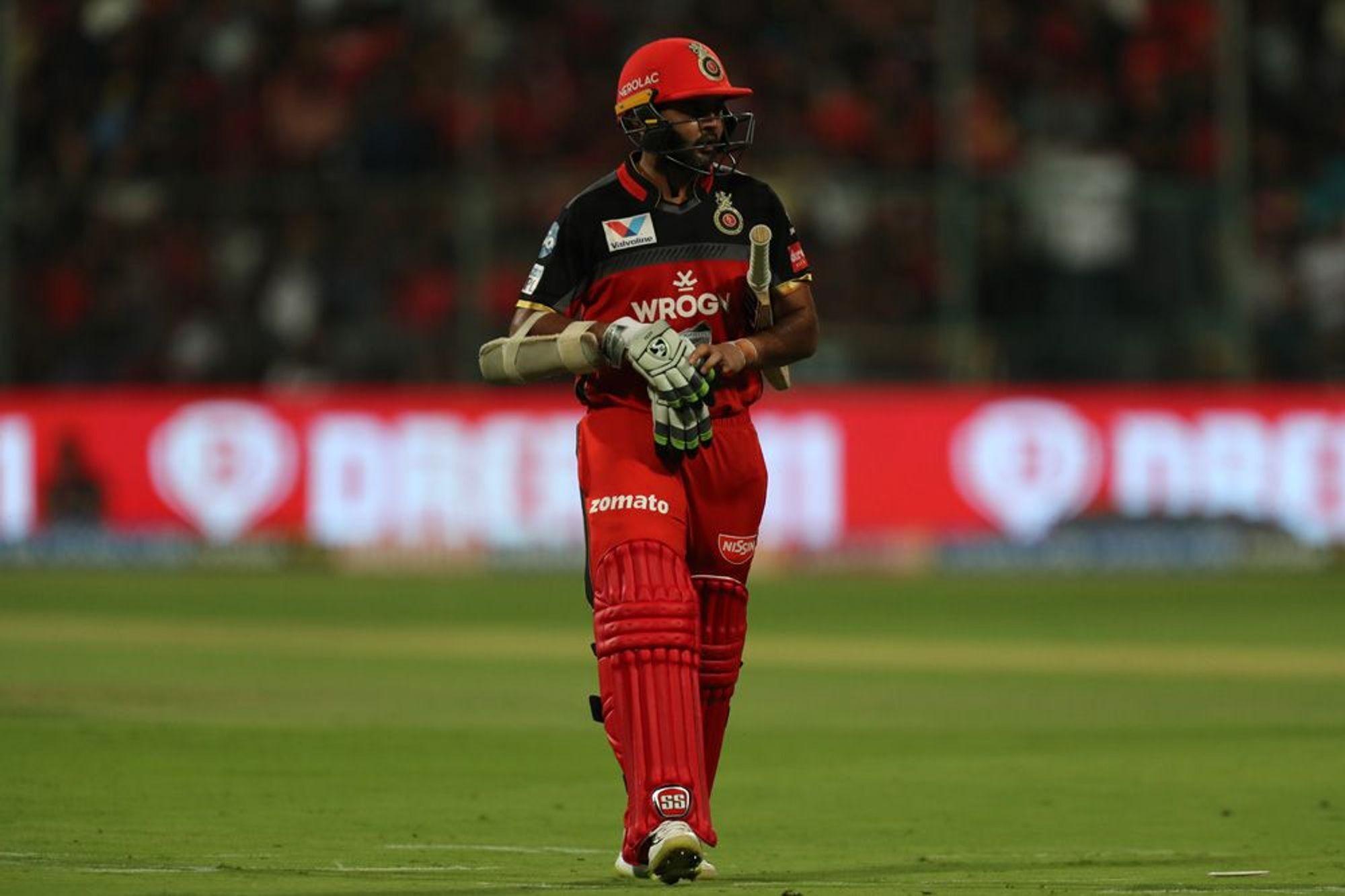 पार्थिव पटेल ने दिखाया टीम के लिए समर्पण, पिता की बीमारी के बाद भी खेल रहे हैं आईपीएल 10