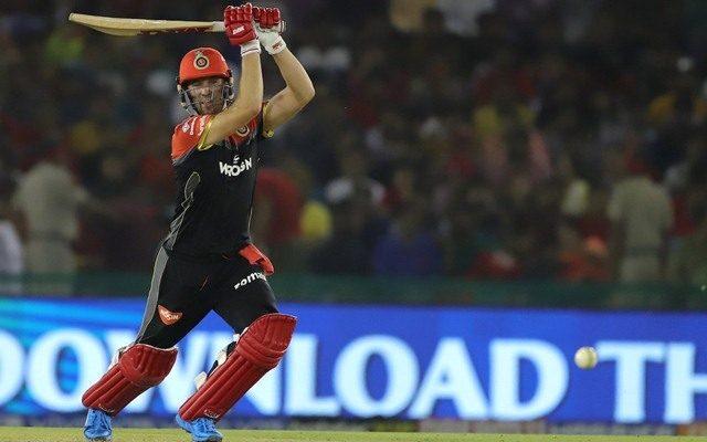 IPL 2021 से पहले एबी डिविलियर्स ने खेली तूफानी शतकीय पारी, मैच में चौकेछक्कों की कर दी बरसात 2