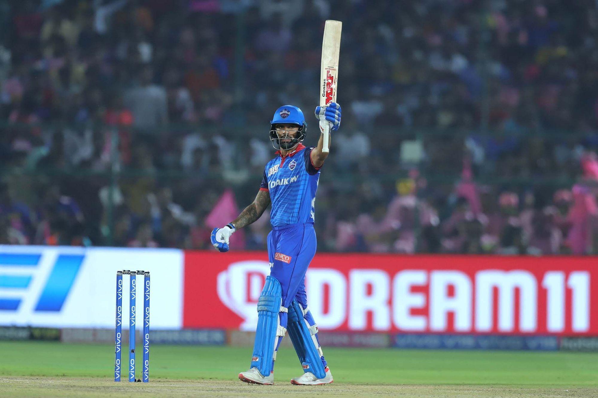 आईपीएल 2019 : दिल्ली कैपिटल्स के सीनियर खिलाड़ी ने गुस्से में खोया अपना आपा, ऋषभ पंत को मारी गेंद! 3