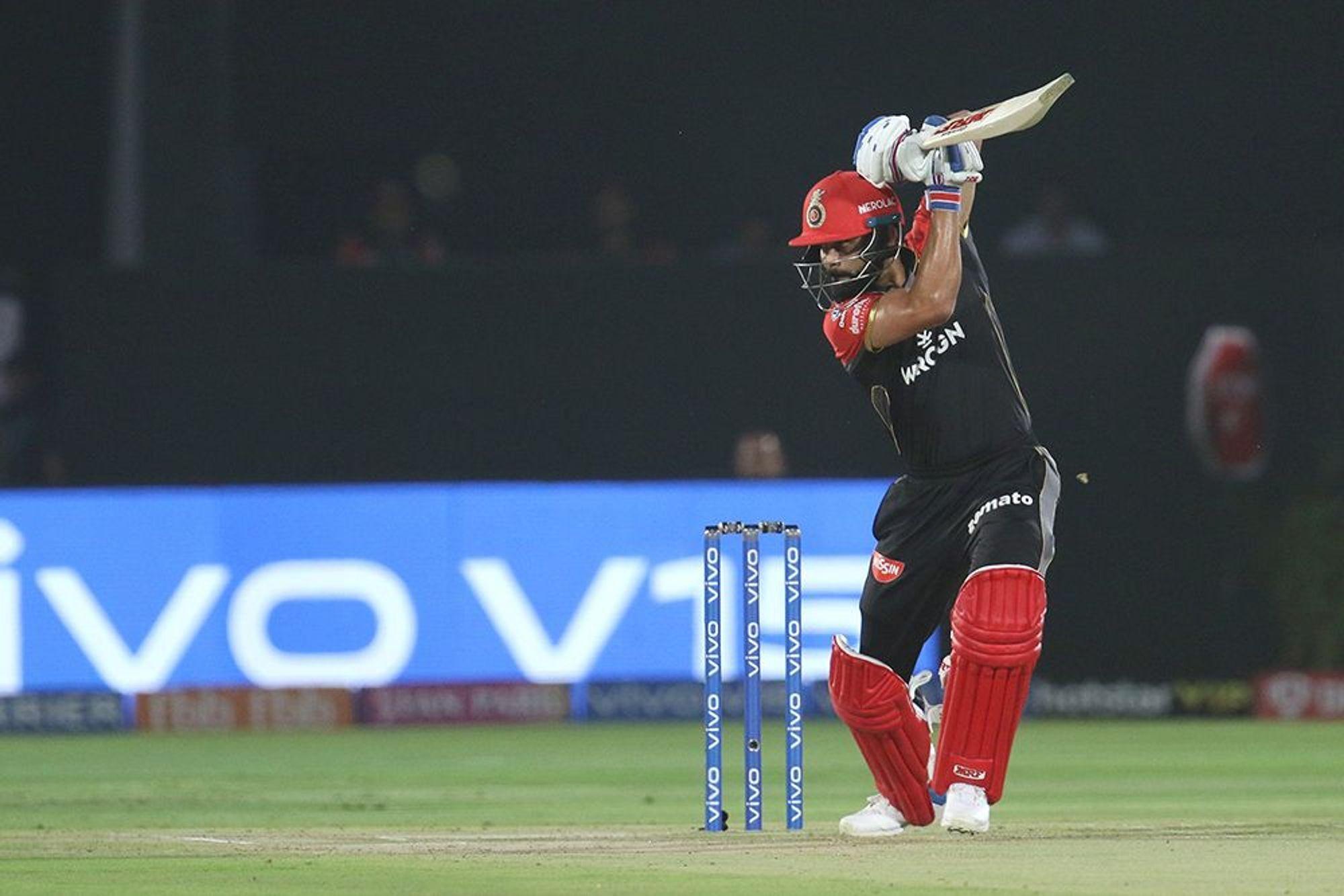 क्या अंत की ओर है विराट कोहली का कप्तानी करियर? पहले टी-20 फिर वनडे और आईपीएल सभी में फ्लॉप 15