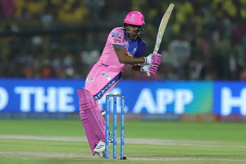 MIvsRR : चेन्नई से मिली हार के बाद इन खिलाड़ियों को बाहर कर इस 11 सदस्यीय टीम के साथ उतर सकती है राजस्थान 8