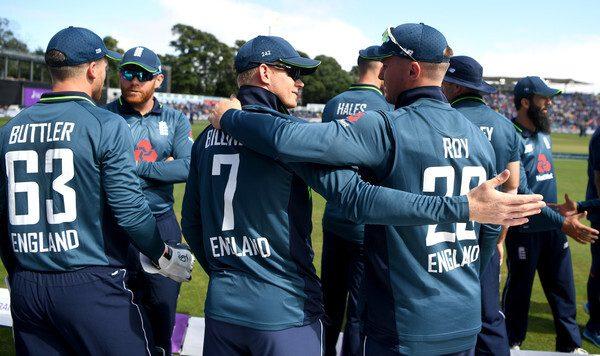 विश्व कप से पहले इंग्लैंड की टीम को लगा बड़ा झटका, कंधे की चोट के चलते 5 महीने के लिए क्रिकेट से दूर हुआ यह स्टार खिलाड़ी 1