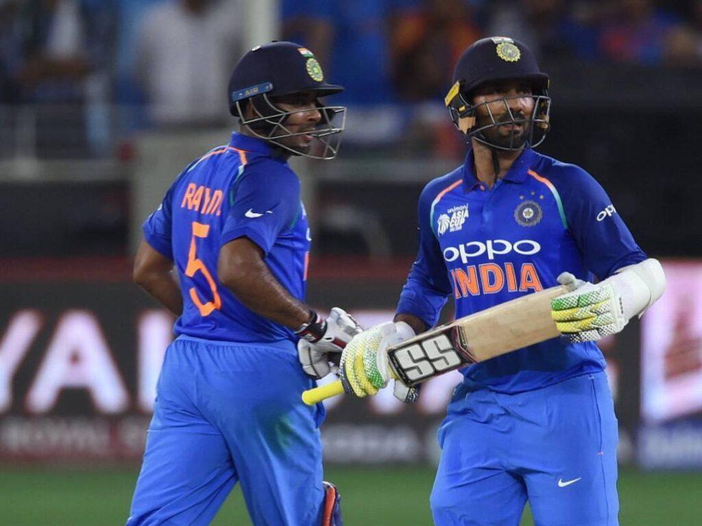 अंबाती रायडू नहीं बल्कि इस खिलाड़ी को सुनील गावस्कर ने बताया नंबर 4 का सर्वश्रेष्ठ बल्लेबाज 1