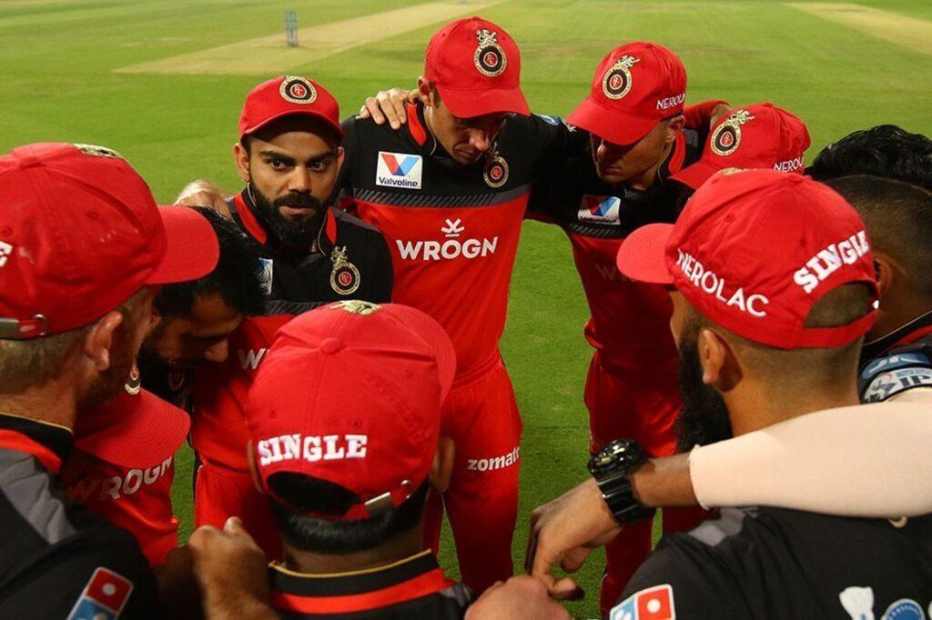 IPL 2019- अगर इन 11 खिलाड़ियों के साथ उतरें विराट कोहली तो प्ले ऑफ़ में पहुंच सकती है आरसीबी 1