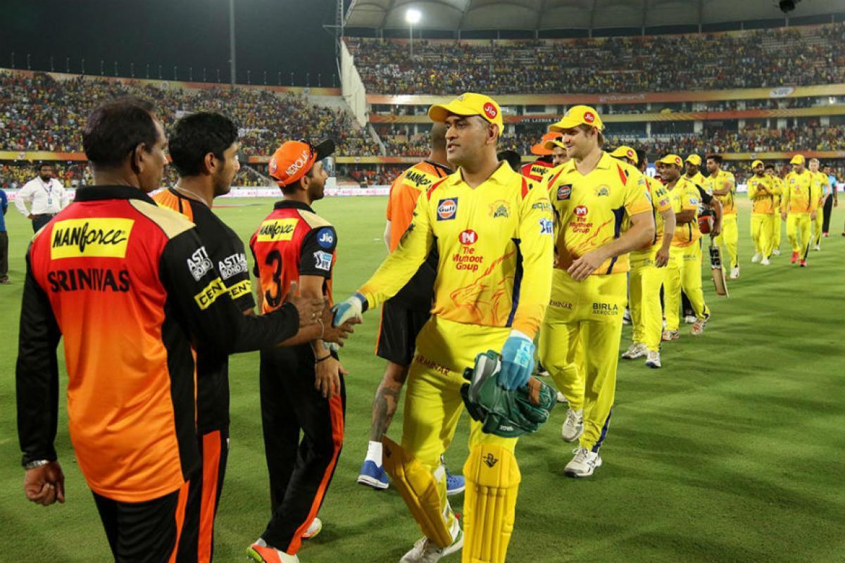 16 अंक होने के बाद भी प्ले ऑफ से बाहर हो सकती है चेन्नई सुपर किंग्स, इन टीम को जीतने हैं अपने मैच