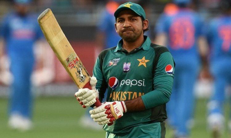 सरफराज अहमद को कप्तानी से हटाए जाने के बाद पाकिस्तान में विरोध प्रदर्शन 3