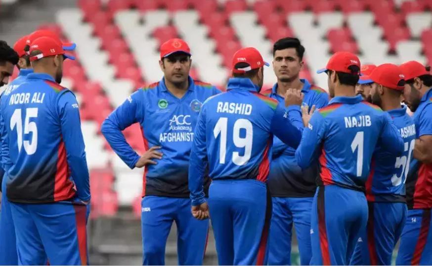 असगर अफगान को कप्तानी से हटाए जाने के बाद अफगानिस्तान क्रिकेट में बगावत के सुर, भड़के राशिद और नबी 12