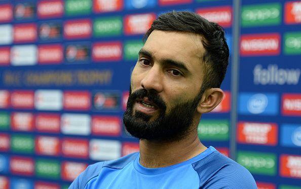 भारतीय टीम से बाहर इस दिग्गज खिलाड़ी को दिनेश कार्तिक ने दिया विश्व कप टीम में जगह मिलने का श्रेय 12