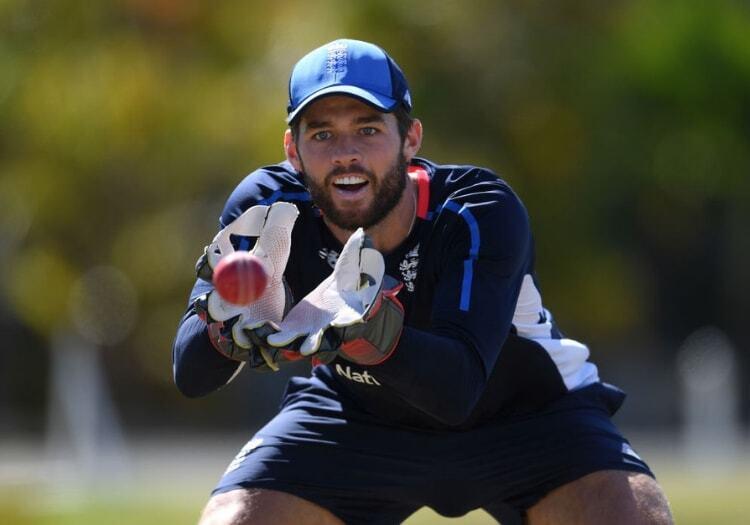 विश्व कप से पहले इंग्लैंड की टीम को लगा बड़ा झटका, कंधे की चोट के चलते 5 महीने के लिए क्रिकेट से दूर हुआ यह स्टार खिलाड़ी 3
