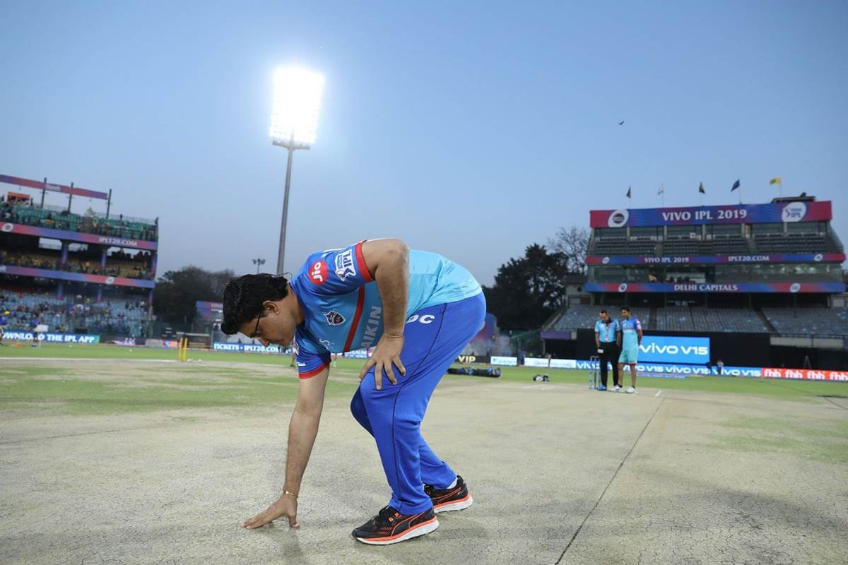 दिल्ली-कोलकाता के बीच इडेन गार्डन में हुए मैच में सौरव गांगुली कर गये कुछ ऐसा, छीन सकता है कैब का अध्यक्ष पद 7