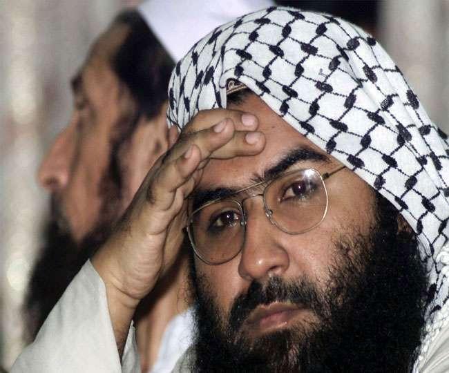 महेंद्र सिंह धोनी की मदद से फंसाया गया दहशतगर्द आतंकी मसूद अजहर, राजनायक सैयद अकबरूद्दीन ने बताया धोनी की भूमिका 1