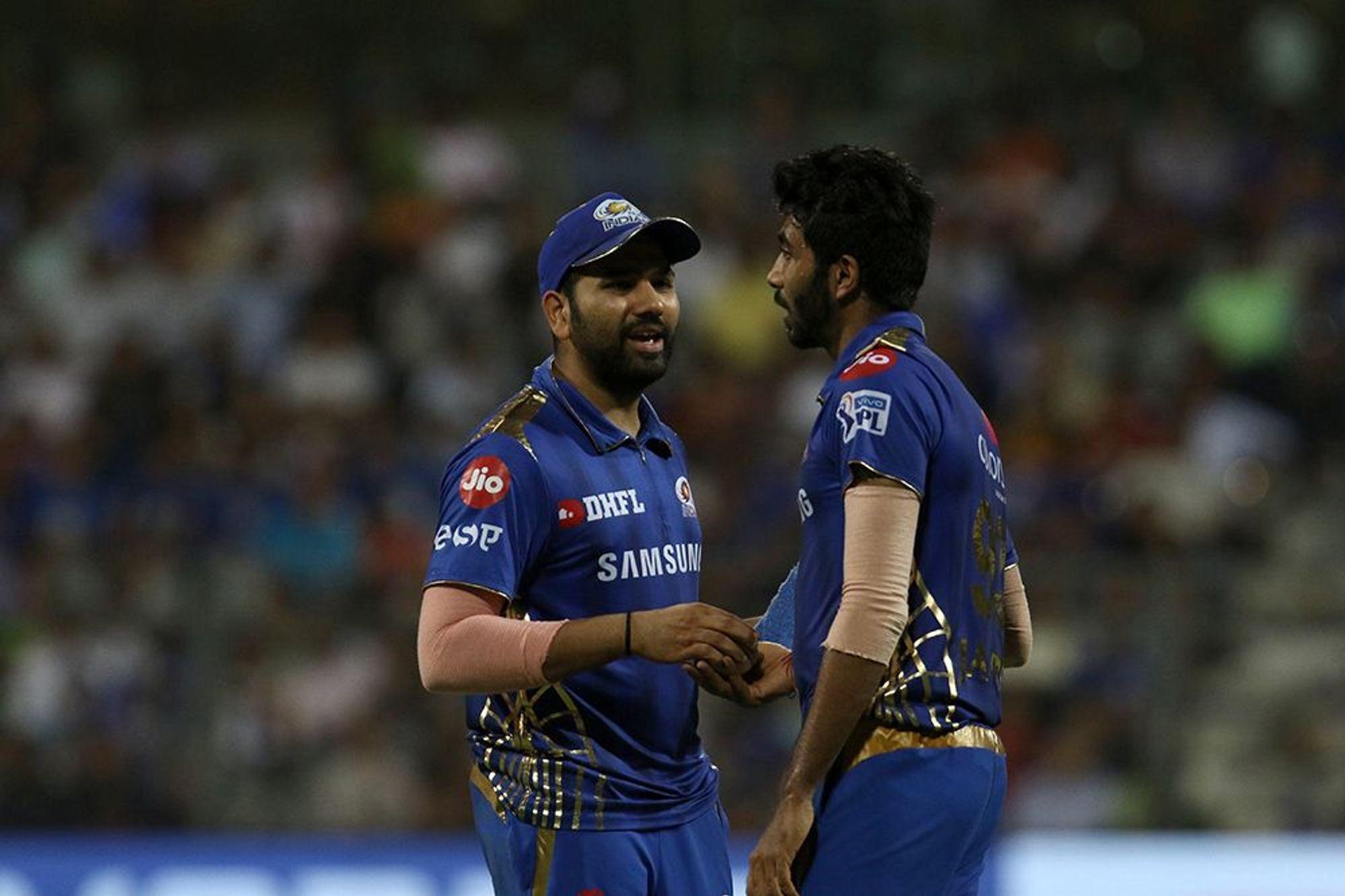 आईपीएल 2019: प्लेऑफ़ में पहुंचने के बाद चेन्नई सुपर किंग्स पर तंज कसते हुए नजर आये रोहित शर्मा 3