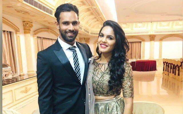 रात 2 बजे घर की दिवार फांदकर गर्लफ्रेंड से मिलने पहुंचा हमेशा शांत दिखने वाला यह भारतीय खिलाड़ी 12