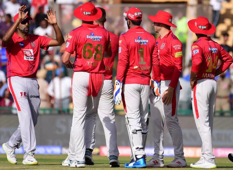 IPL 2019: प्लेऑफ़ से बाहर होने के बाद इन 5 खिलाड़ियों को टीम से बाहर का रास्ता दिखा सकती है किंग्स XI पंजाब 6