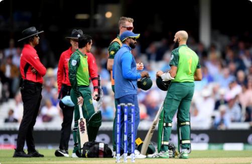 WATCH : जोफ्रा आर्चर की खतरनाक बाउंसर गेंद पर हाशिम अमला हुए चोटिल, हुए रिटायर हर्ट 4