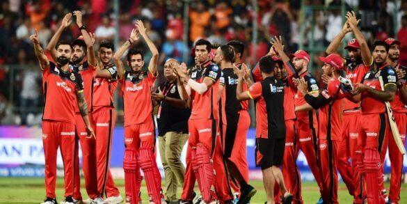 IPL 2019: प्ले ऑफ से बाहर होने के बाद इन 6 खिलाड़ियों को बाहर का रास्ता दिखा सकती है रॉयल चैलेंजर्स बैंगलोर 13