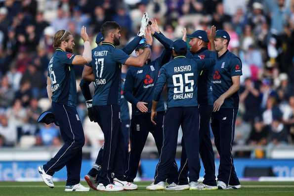 पूर्व इंग्लिश कप्तान माइकल वॉन ने चुनी ऑल टाइम इंग्लैंड वनडे इलेवन, इस दिग्गज को सौंपी कप्तानी 1