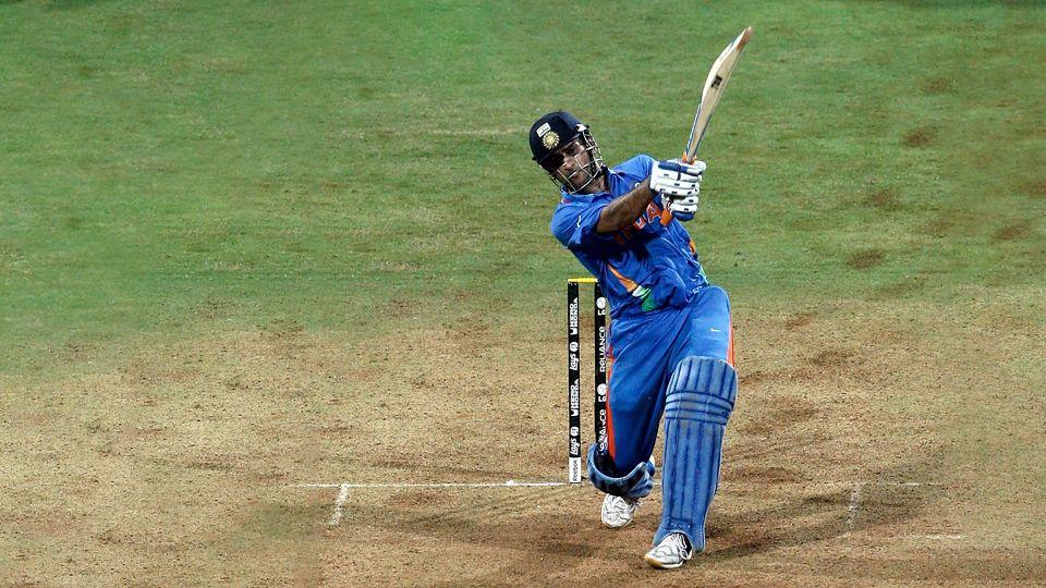 पैडी अप्टन ने कहा धोनी ने खुद किया था फाइनल में युवराज सिंह से पहले बल्लेबाजी करने का फैसला, ये थी वजह 12
