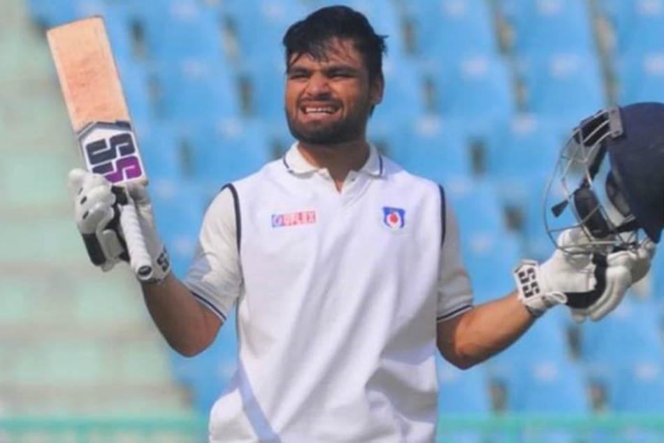 कोलकाता नाइट राईडर्स के इस युवा खिलाड़ी ने देखी है जबरदस्त गरीबी, अब कमाता करोड़ों 2