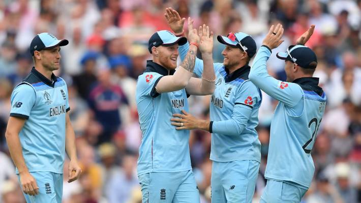 आईपीएल होस्ट अर्चना विजया ने कप्तान विराट कोहली को दिया खास मैसेज 4