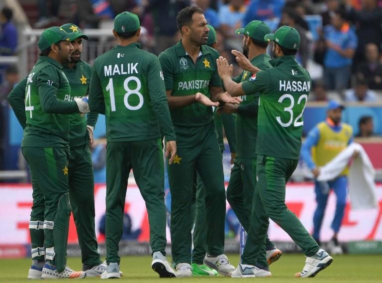 पाकिस्तानी खिलाड़ियों की सैलरी को जानकर आपको आ जाएगा तरस, इतने कम पैसे देता है भारत से बराबरी का बात करने वाला पाकिस्तान 2