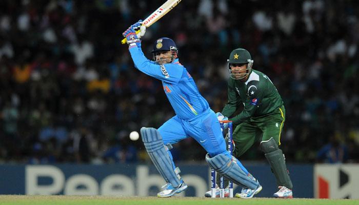 रोहित, धोनी या कोहली नहीं बल्कि इस भारतीय खिलाड़ी के नाम है सबसे तेज वनडे अर्द्धशतक लगाने का विश्व रिकॉर्ड 4