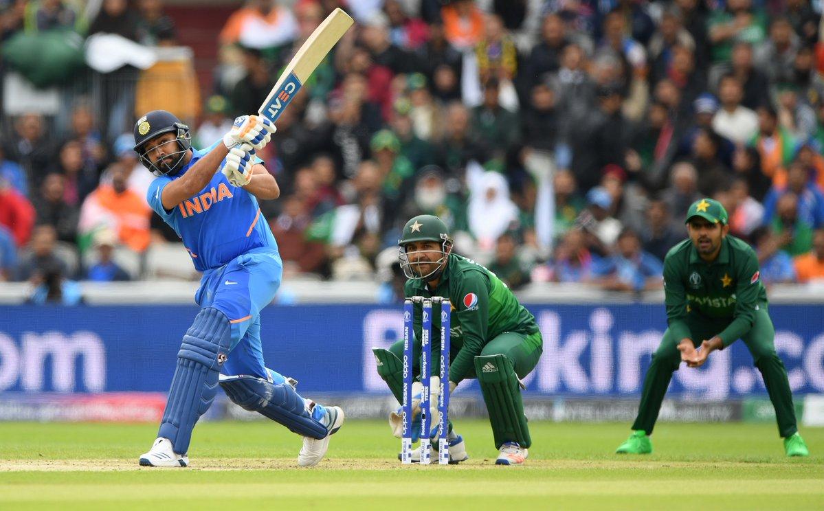 CWC 2019: IND vs PAK: स्टैट्स: रोहित और विराट ने की रिकार्ड्स की बारिश, मैच में बने 8, 10 या 12 नहीं पूरे 17 ऐतिहासिक रिकार्ड्स 4