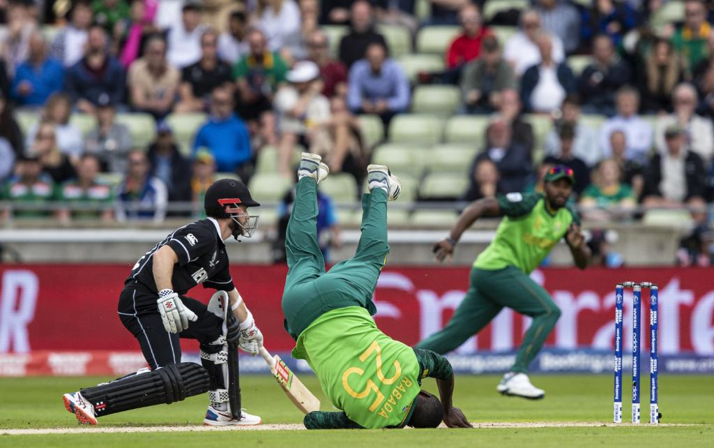 WORLD CUP 2019: SA vs NZ: रोमांचक मुकाबलें में न्यूजीलैंड ने दक्षिण अफ्रीका को 4 विकेट से हराया, देखें मैच का पूरा स्कोरकार्ड 11