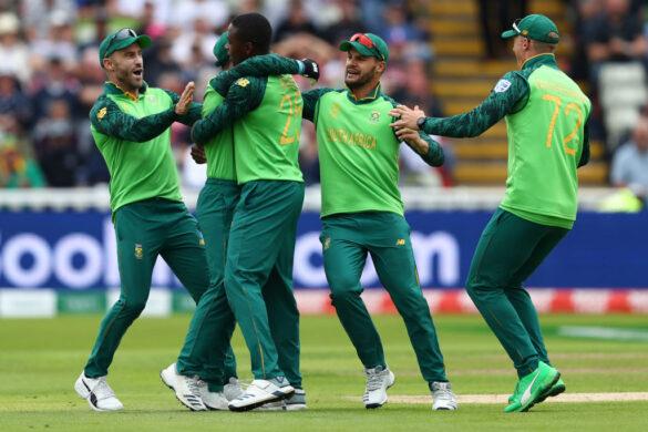 भारत दौरे पर उड़ान भरने दक्षिण अफ्रीका को लगा बड़ा झटका, स्टार खिलाड़ी चोट के चलते हुआ बाहर 14
