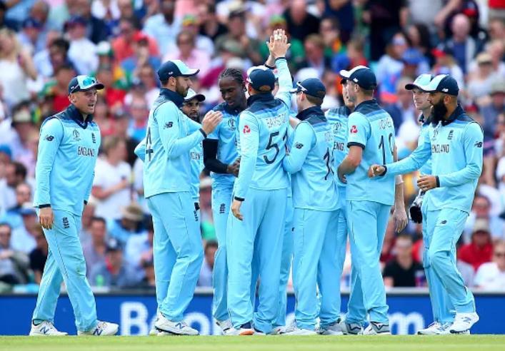 इंग्लैंड के पूर्व दिग्गज बल्लेबाज जेफ्री बॉयकॉट ने खराब बल्लेबाजी के बाद टीम को लगाई फटकार 2
