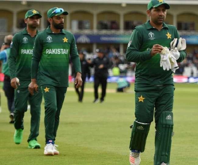 बांग्लादेश के 7 रन बनाते ही पाकिस्तान हुआ बाहर, लोगो ने ट्विटर पर जमकर उड़ाया मजाक 1