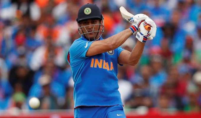 क्रिकेट से संन्यास लेने के बाद मोदी सरकार में शामिल होंगे एमएस धोनी, बीजेपी नेता ने किया दावा