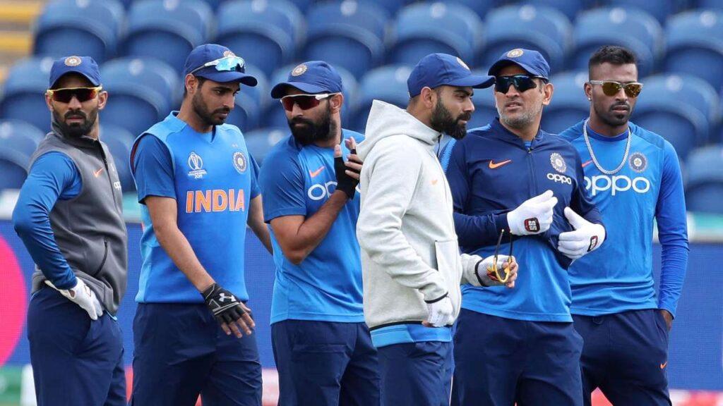 CWC19- भारतीय टीम के विश्व कप से बाहर होने के बाद सिर्फ इन्हें टीम इंडिया से बाहर देखना चाहते हैं गौतम गंभीर 3