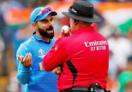 World Cup 2019: फिर अंपायर से मैदान पर भिड़े कप्तान विराट कोहली अब हो सकते हैं वर्ल्ड कप से बाहर 10