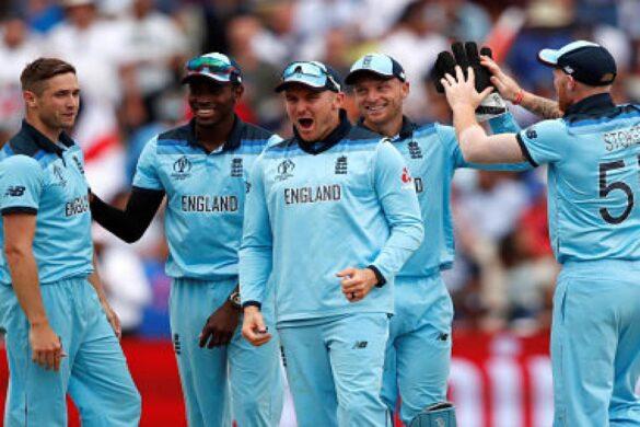 CWC 2019: इंग्लैंड की जीत के जश्न में शामिल नहीं हुए मोईन अली और आदिल राशिद, ये रही वजह 25