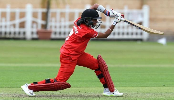 इंग्लैंड में छाई हरमनप्रीत कौर किआ सुपर लीग में इस टीम की तरफ से चौके छक्के लगाते आयेंगी नजर 3