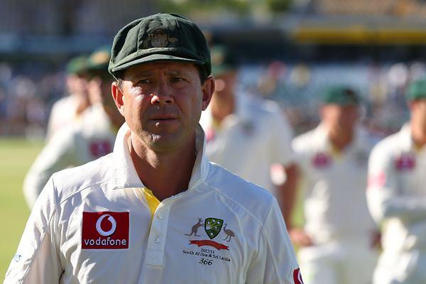5 बल्लेबाज जिन्होंने टेस्ट फ़ॉर्मेट की चौथी पारी के दौरान जड़ा सबसे ज्यादा शतक, सचिन नहीं यह भारतीय है लिस्ट में शामिल 11