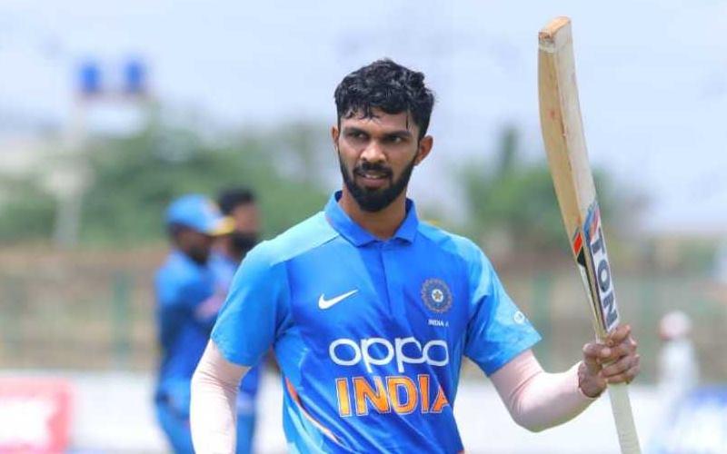 भारत को मिल चूका है धोनी का उत्तराधिकारी घरेलू क्रिकेट में लगा रहा है रनों का अंबार, खुद माही हैं इसके दिमाग के कायल 1