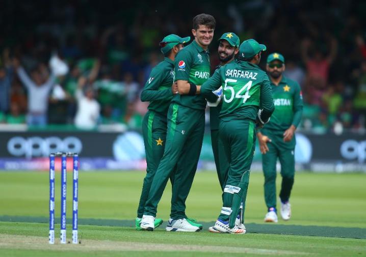 CWC 2019, PAKvsBAN: जीत के बावजूद टूर्नामेंट से बाहर हुआ पाकिस्तान, लोगों ने जमकर उड़ाया मजाक 14