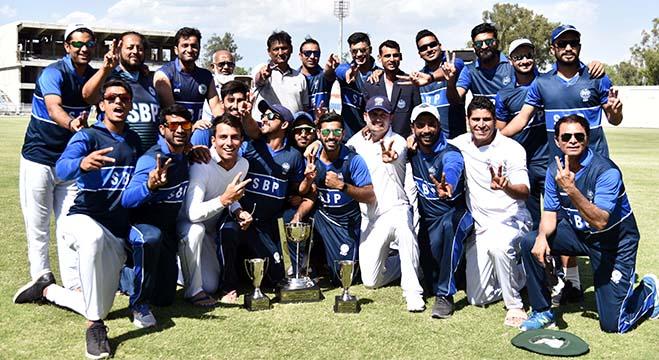 विश्व कप में खराब प्रदर्शन से हरकत में पाकिस्तान क्रिकेट बोर्ड, सेंट्रल कॉन्ट्रैक्ट से हो सकती हैं इन खिलाड़ियों की छुट्टी 5