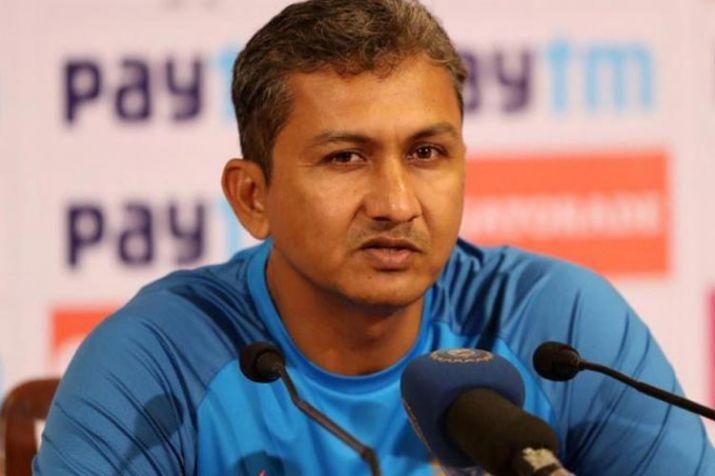 संजय बांगड़ का बड़ा खुलासा, बताया किसने भेजा महेन्द्र सिंह धोनी को सेमीफाइनल में नंबर 7 10