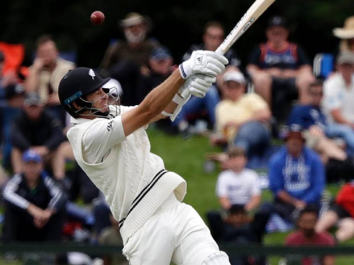 मौजूदा वक्त के टॉप-10 खिलाड़ी, जिन्होंने लगाए हैं टेस्ट क्रिकेट में सबसे अधिक छक्के 9