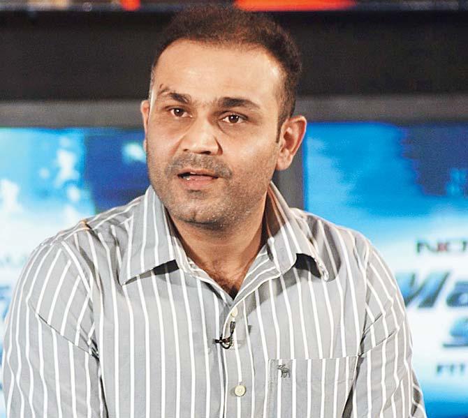 आवेश खान और सैम करन में कौन है बेहतर गेंदबाज, वीरेंद्र सहवाग ने दिया ये जवाब 10