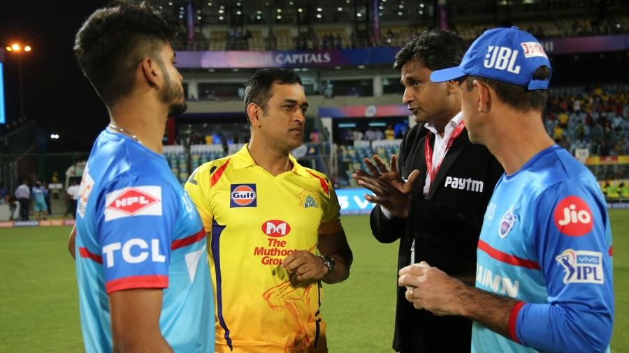 सीएसके के 3 ऐसे खिलाड़ी जो नहीं थे भारतीय टीम में खेलने के हक़दार, लेकिन फिर भी धोनी ने दिलाई जगह 1