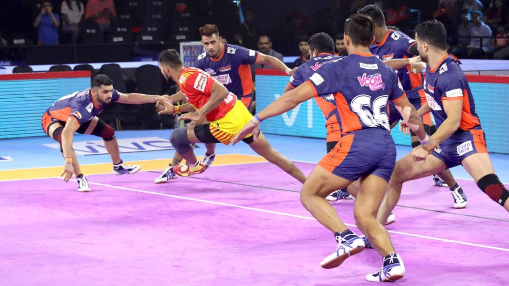 प्रो कबड्डी लीग 2019: गुजरात फॉर्च्यूनजायंट्स को करीबी मुकाबले में मिली लगातार चौथी हार 8