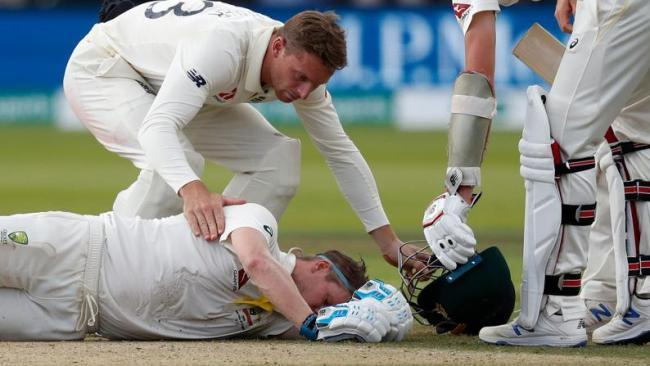 स्टीवन स्मिथ की चोट के बाद नेकगार्ड वाले हेलमेट को अनिवार्य करने की उठी मांग, ऑस्ट्रेलिया क्रिकेट टीम के डॉक्टर ने कही बड़ी बात 1